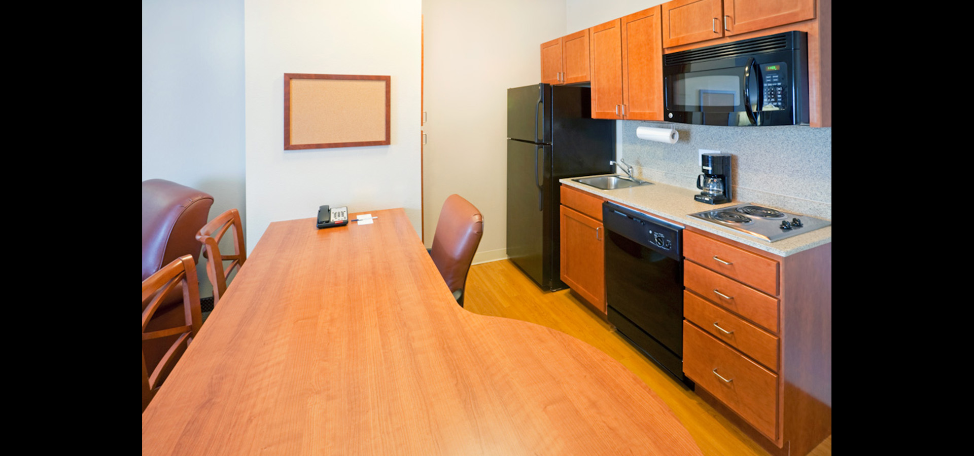 Candlewood Suites DFW South_01